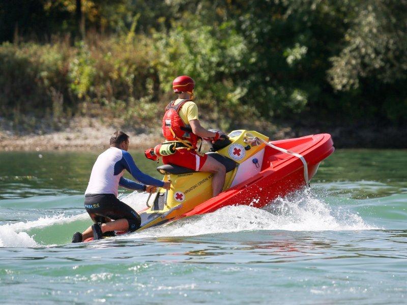 Hrvatski Crveni Kriz with their RescueRunner