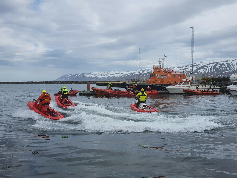 Bjorgunarsveitin-Bara-Iceland on their RescueRunner.