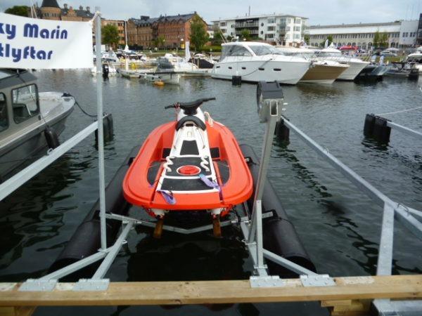 RescueRunner on Boatlift