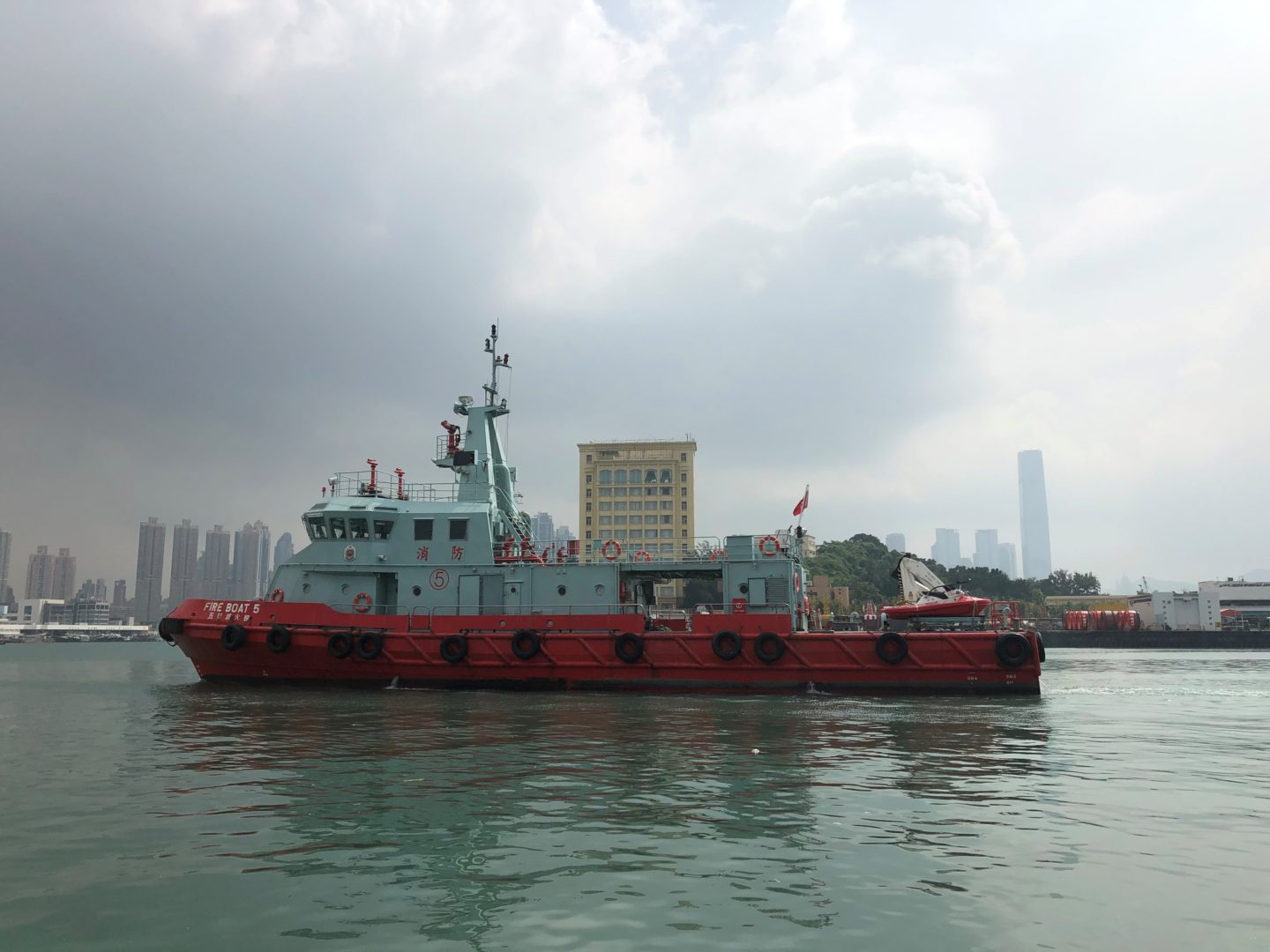 RescueRunner onboard Hong Kong Fire Depåartment Vessel